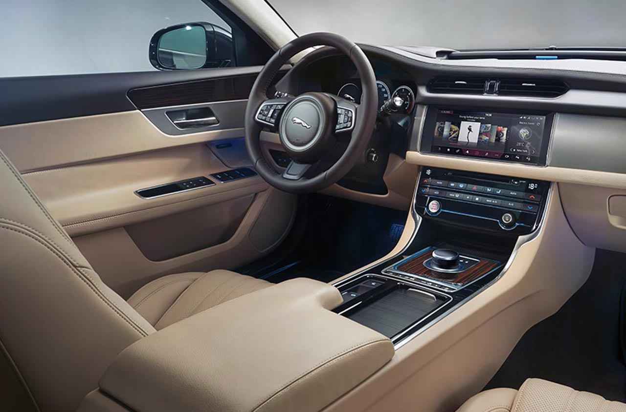 2017 Jaguar Xf Interior