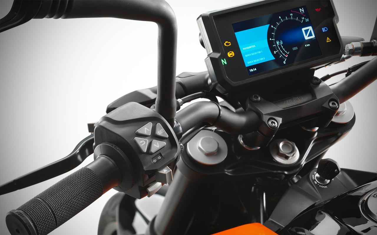 Ktm Duke 690 Price >> 2017 KTM Duke 390 launched in India at INR 2.25 Lakhs | AUTOBICS