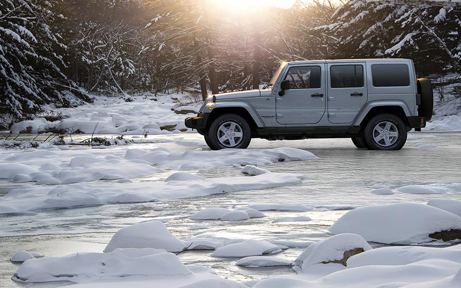 jeep wrangler unlimited side view autobics. Black Bedroom Furniture Sets. Home Design Ideas