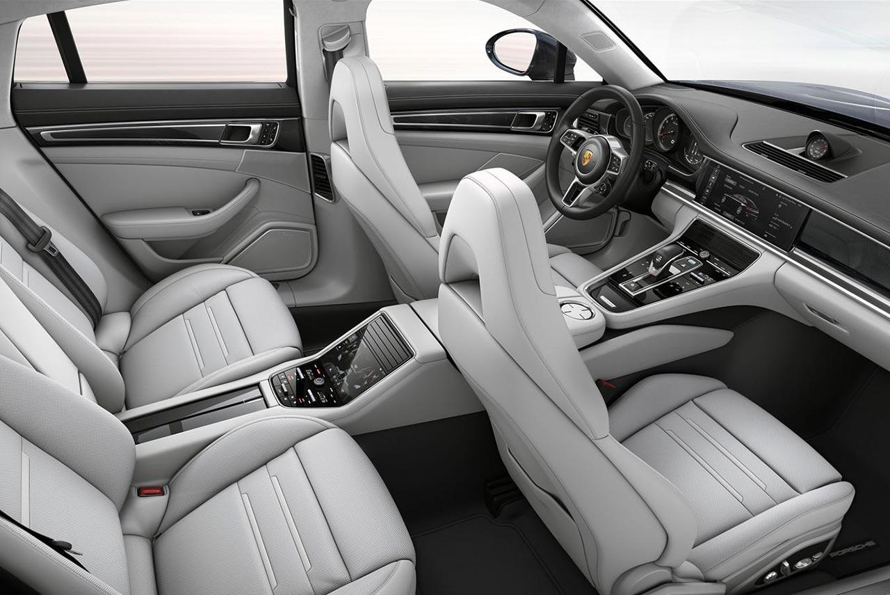 2017 Porsche Panamera Turbo Interior White