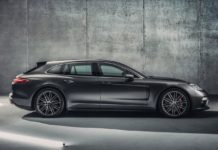 2018 Porsche Panamera Sport Turismo side