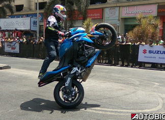 Aras Gibieza Suzuki GSX S1000 wheelie at 2017 Gixxer Day