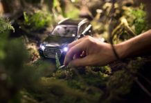 Audi Miniaturkalender October Audi Q7 (1)