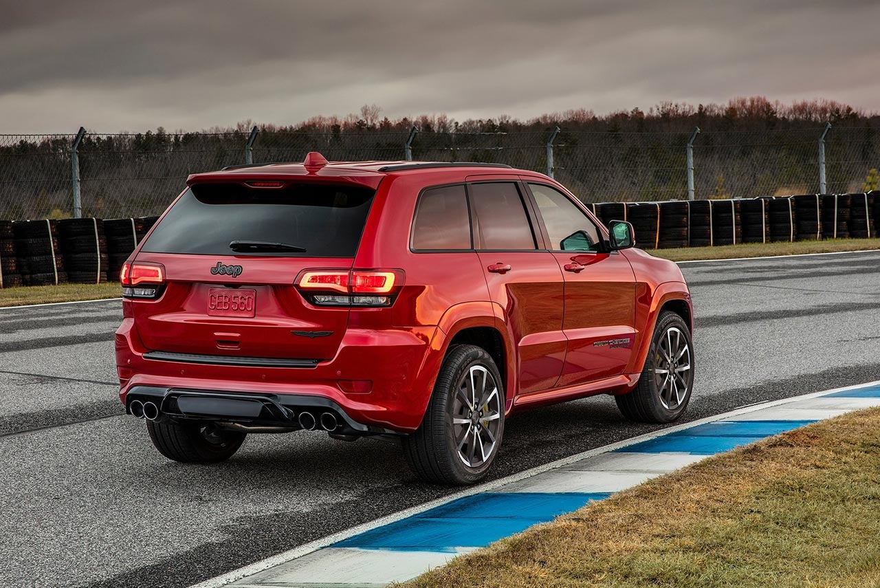 2018 jeep grand cherokee trackhawk is the most powerful and quickest suv ever autobics. Black Bedroom Furniture Sets. Home Design Ideas