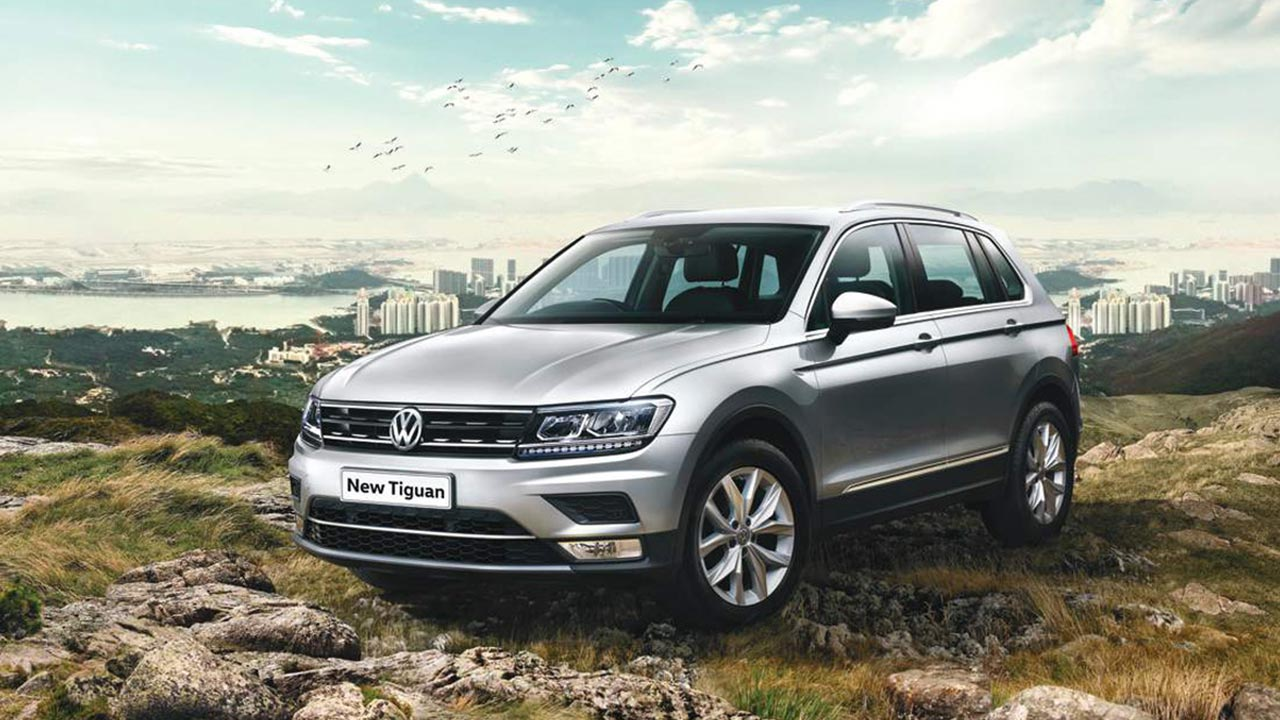 2017 volkswagen tiguan launched in india priced at inr lakh autobics. Black Bedroom Furniture Sets. Home Design Ideas