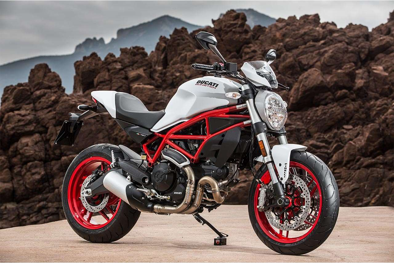 2017 Ducati Monster 797 Plus Star White Silk Autobics