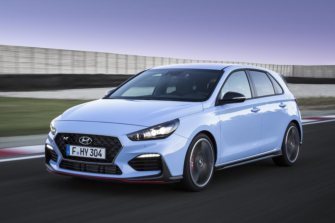 hyundai i30 n the hot hatch from hyundai autobics. Black Bedroom Furniture Sets. Home Design Ideas