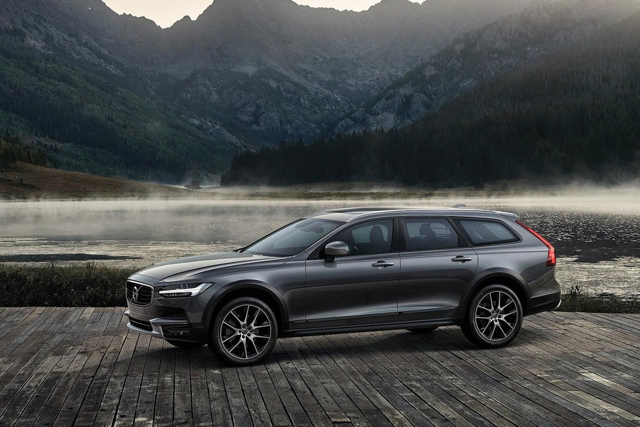 volvo v90 cross country launched in india autobics. Black Bedroom Furniture Sets. Home Design Ideas