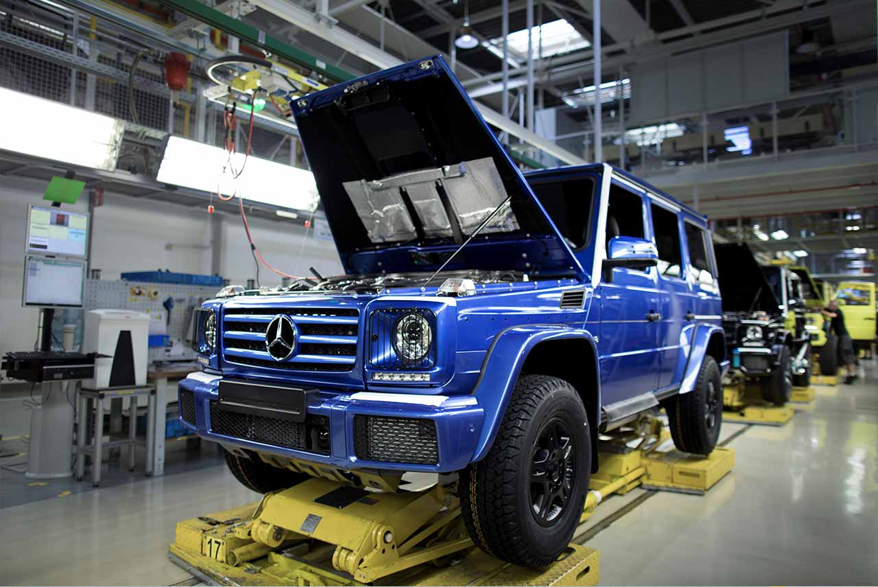 the 300000th mercedes benz g class has been produced autobics. Black Bedroom Furniture Sets. Home Design Ideas