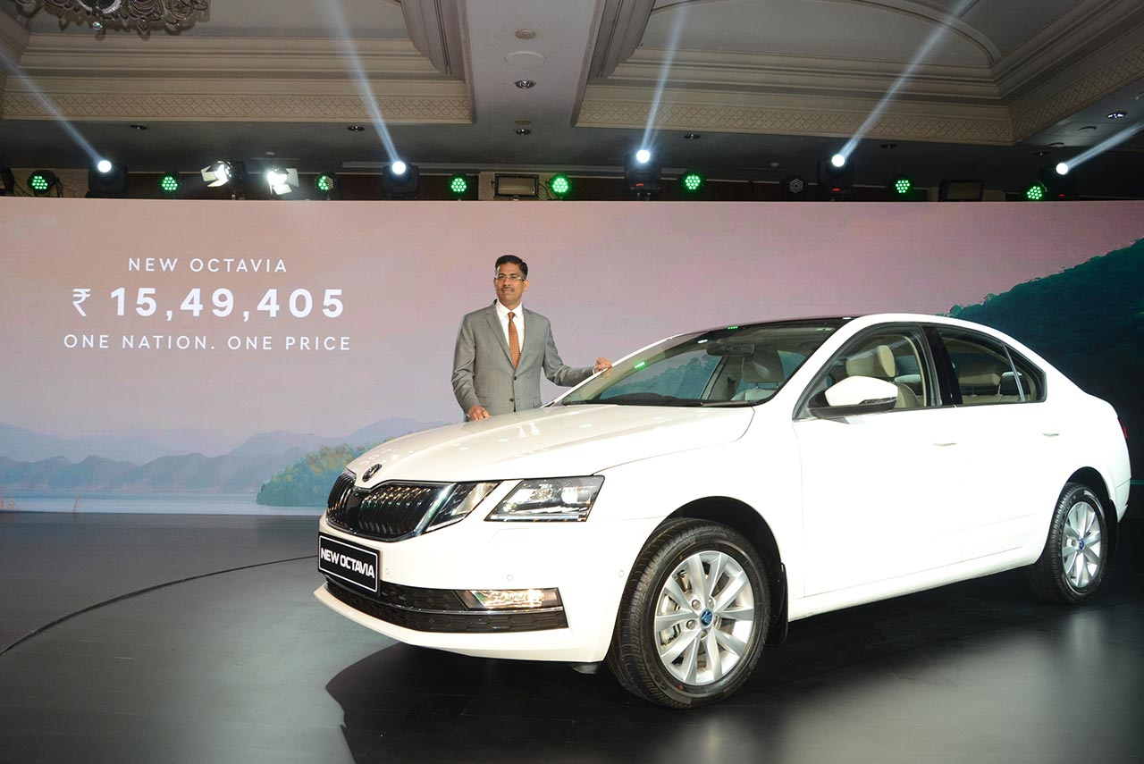 2017 skoda octavia launched in india from inr lakh. Black Bedroom Furniture Sets. Home Design Ideas