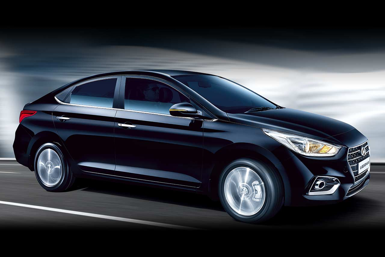 2017 Hyundai Verna Phantom Black Studio Dynamic