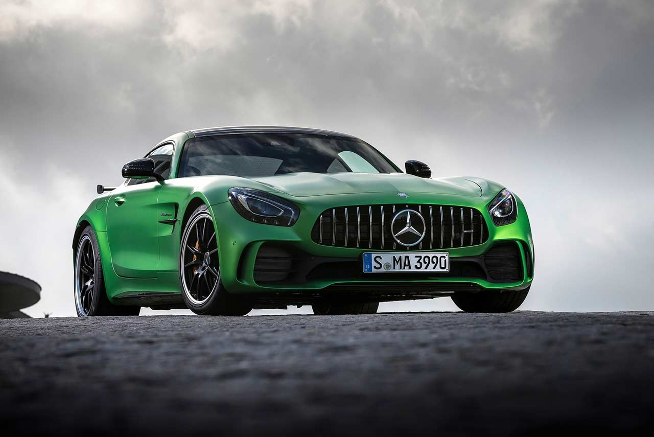 2017 mercedes benz amg gt r front right autobics. Black Bedroom Furniture Sets. Home Design Ideas