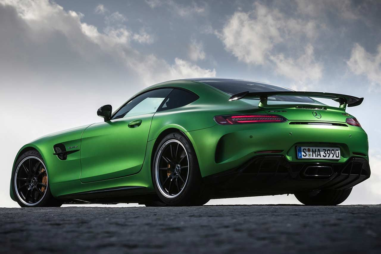 2017 mercedes benz amg gt r rear quarter autobics. Black Bedroom Furniture Sets. Home Design Ideas