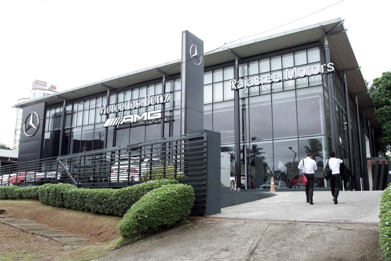 Mercedes amg performance center opened in kochi autobics for Mercedes benz center