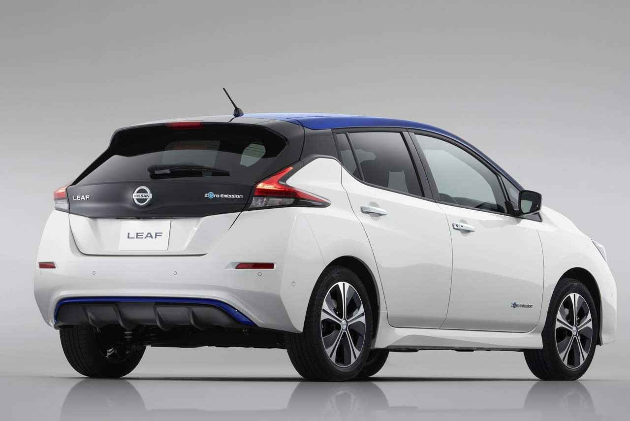 the all new zero emission 2018 nissan leaf revealed autobics. Black Bedroom Furniture Sets. Home Design Ideas