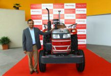 first mahindra driverless tractor with dr pawan goenka