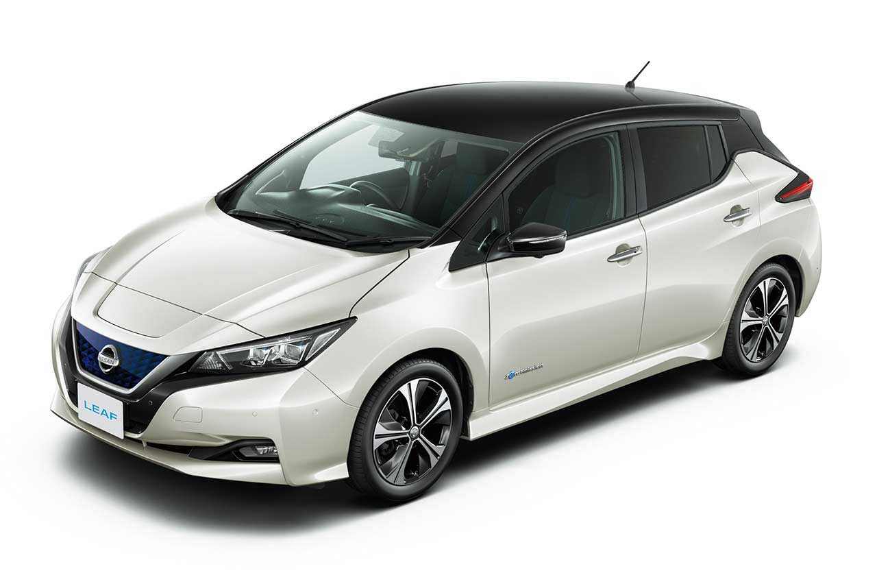 New Nissan Leaf 2018 Pearl White Black Roof Autobics