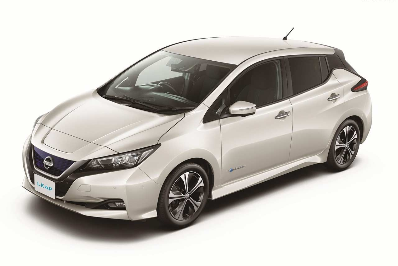 new nissan leaf 2018 pearl white autobics. Black Bedroom Furniture Sets. Home Design Ideas