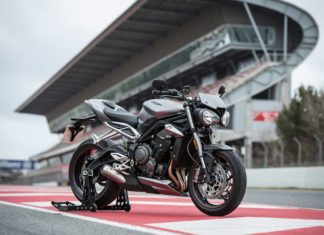 triumph street triple rs 2017 front right pr