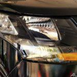 2017 mahindra tuv300 t10 bold black headlight