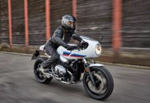 2018 BMW R nineT Racer Front RIght View