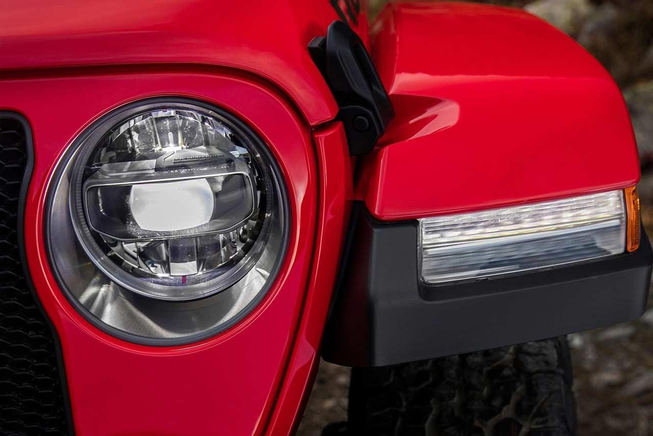 2018 Jeep Wrangler Unveiled Evolution Of A Legend Autobics