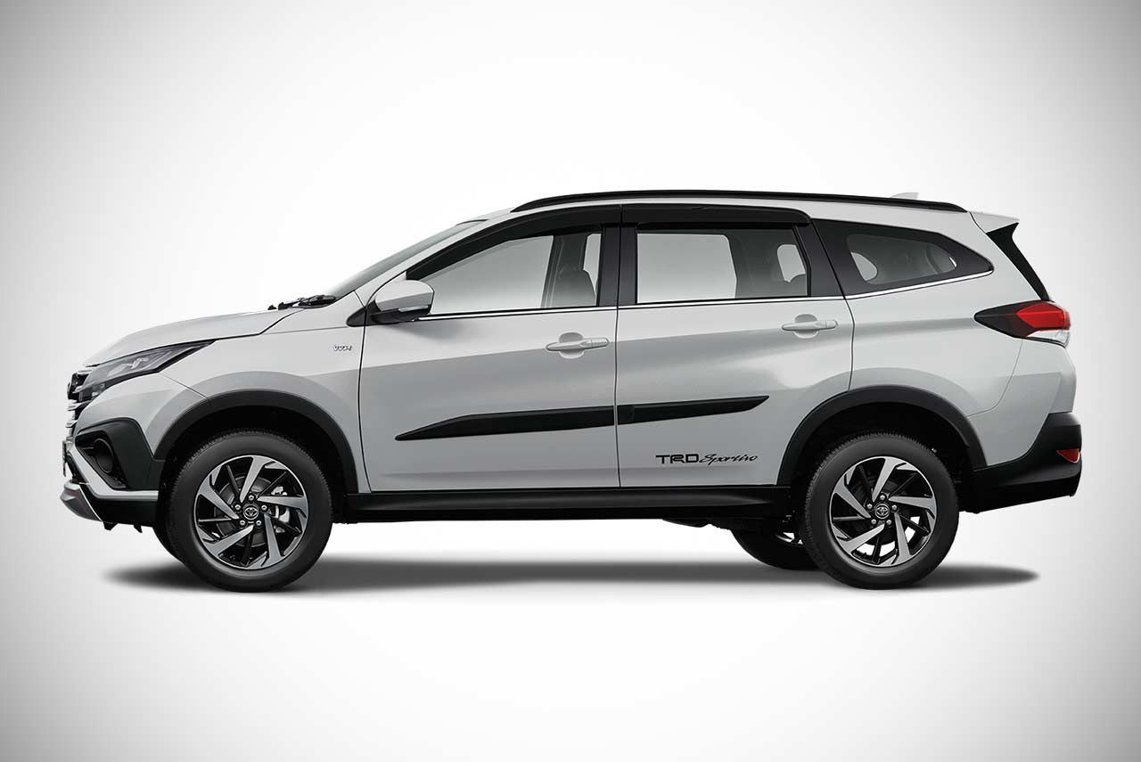 Toyota Rav4 Trd >> The all-new 2018 Toyota Rush SUV unveiled in Indonesia - AUTOBICS
