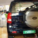 mahindra tuv 300 t10 bold black rear 2017