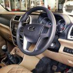 mahindra tuv 300 t10 interior 2017