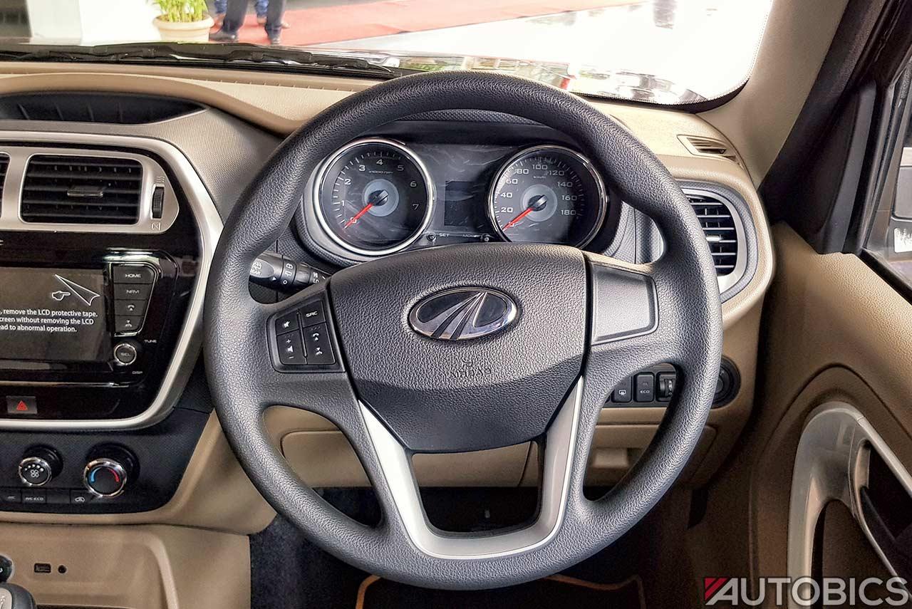 2017 Mahindra Tuv300 T10 Steering Wheel Autobics