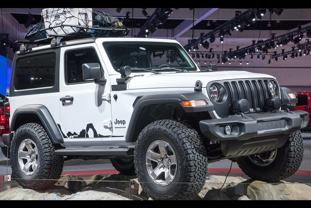 2018 Jeep Wrangler Sport Modified Mopar Parts Accessories