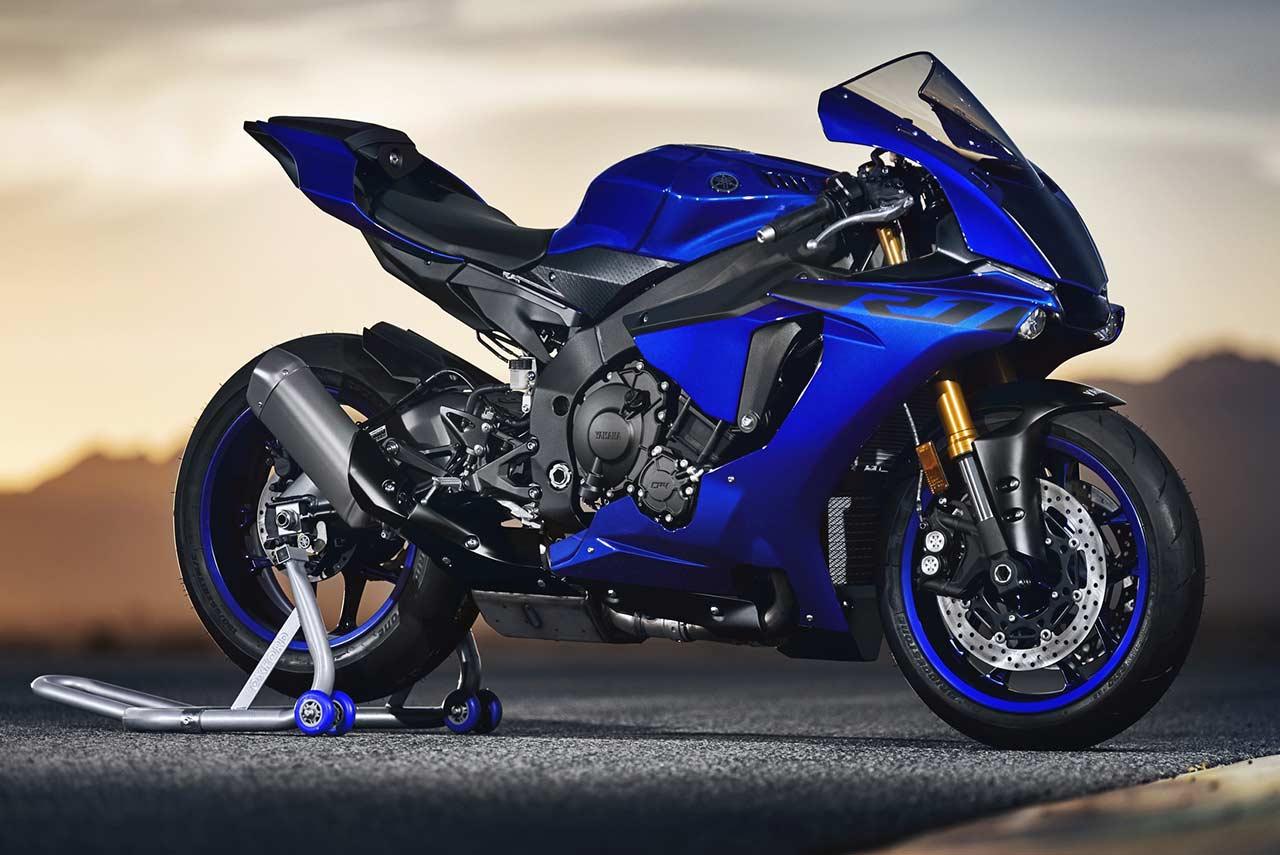 2018 Yamaha R1 launche...