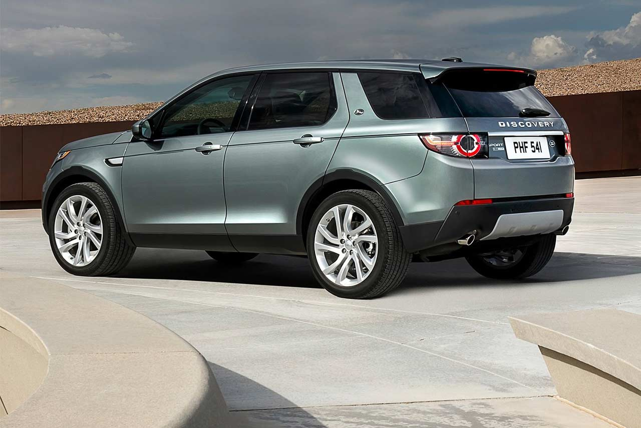 2018 land rover discovery sport launched in india autobics. Black Bedroom Furniture Sets. Home Design Ideas