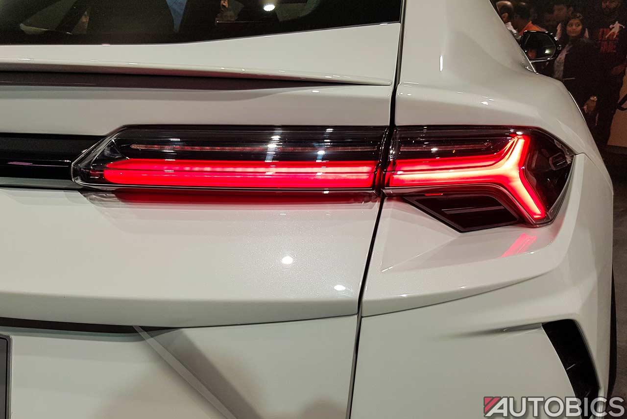 2019 Lamborghini Urus Tail Lamp Autobics