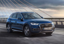 Audi Q5 Front Right 2018