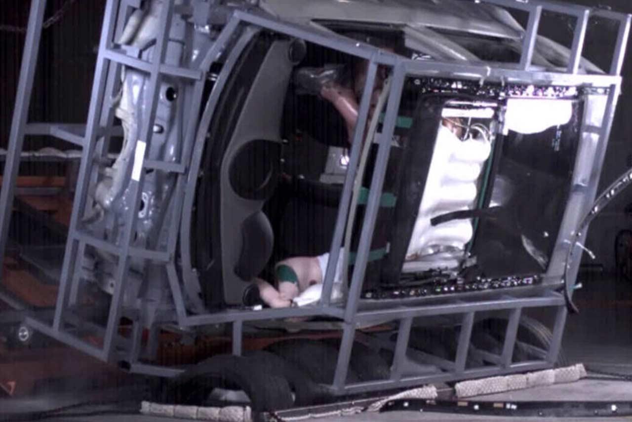 Hyundai Panoramic Sunroof Airbag System