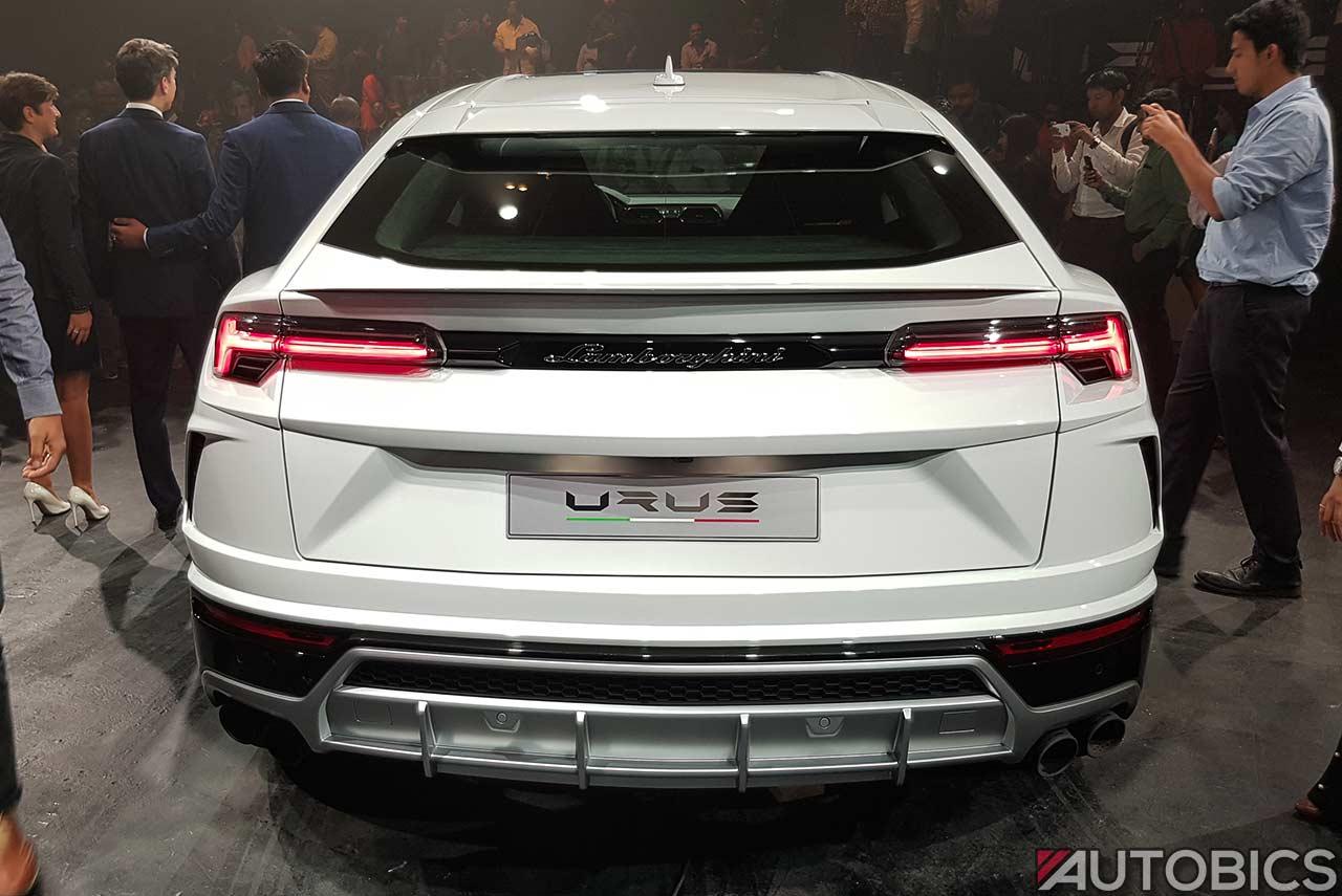 Lamborghini Urus 2019 Rear White Autobics
