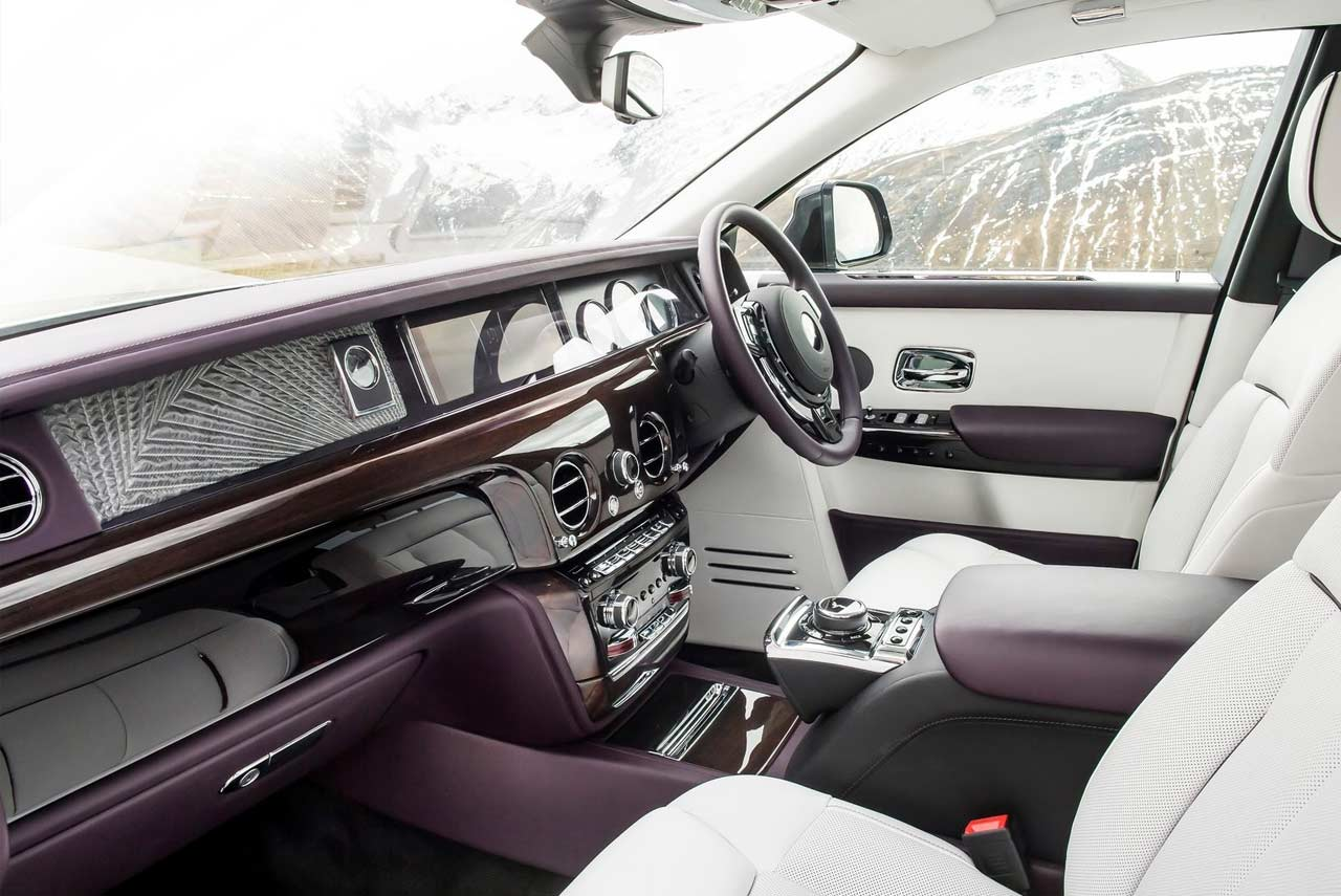 new rolls royce phantom priced from inr 9 5 crore in india autobics. Black Bedroom Furniture Sets. Home Design Ideas