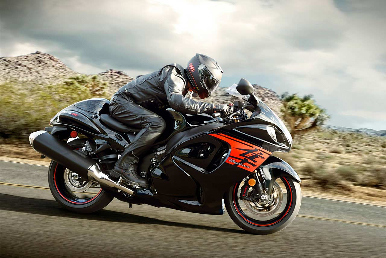 2018 suzuki hayabusa priced at inr lakh in india autobics. Black Bedroom Furniture Sets. Home Design Ideas