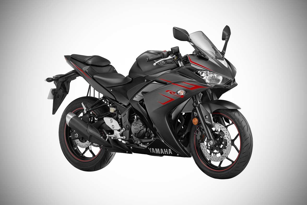 2018 Yamaha R3 Magma Black