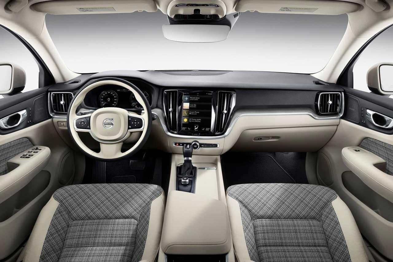 New 2019 Volvo V60 mid-size Premium Estate Revealed | AUTOBICS