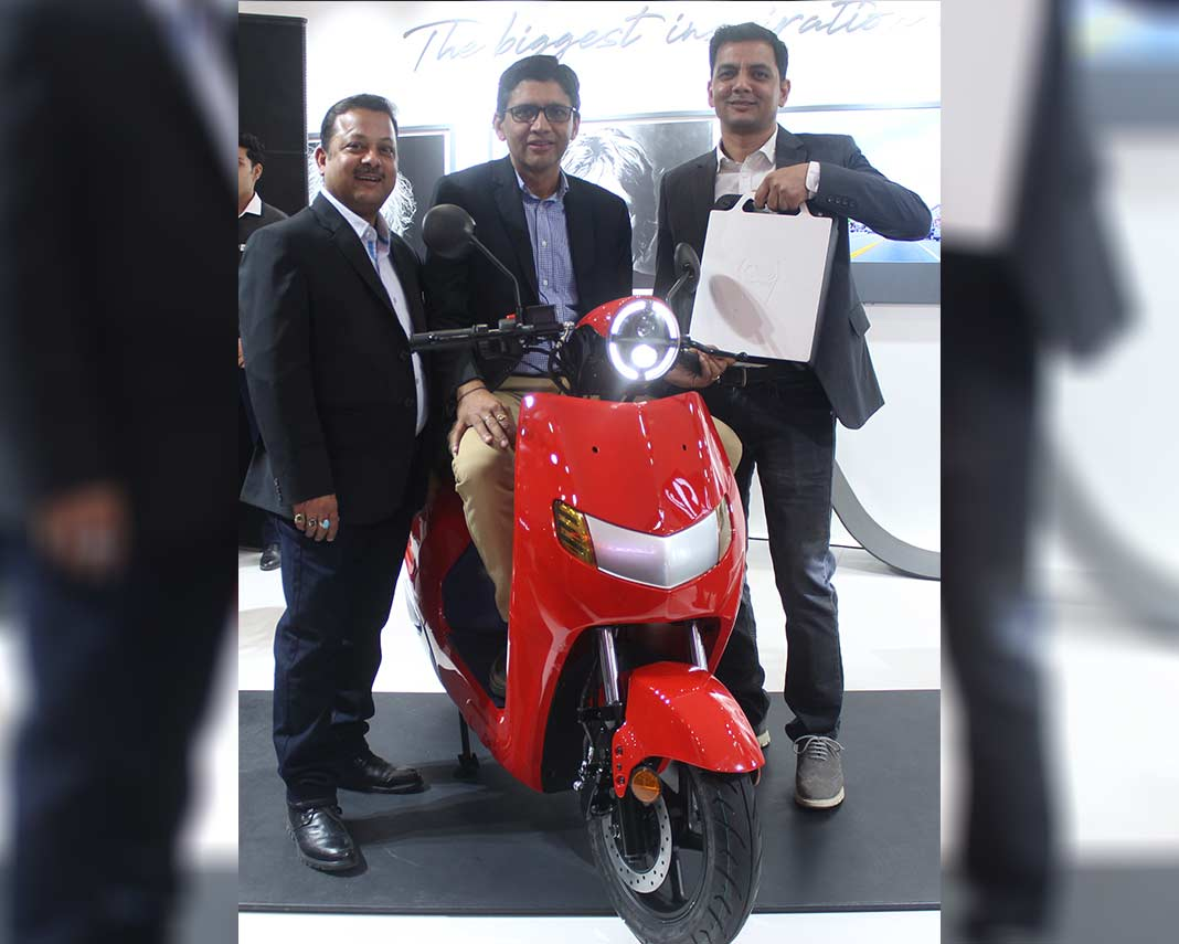 Flow Electric Scooter by Twenty Two Motors Auto Expo 2018