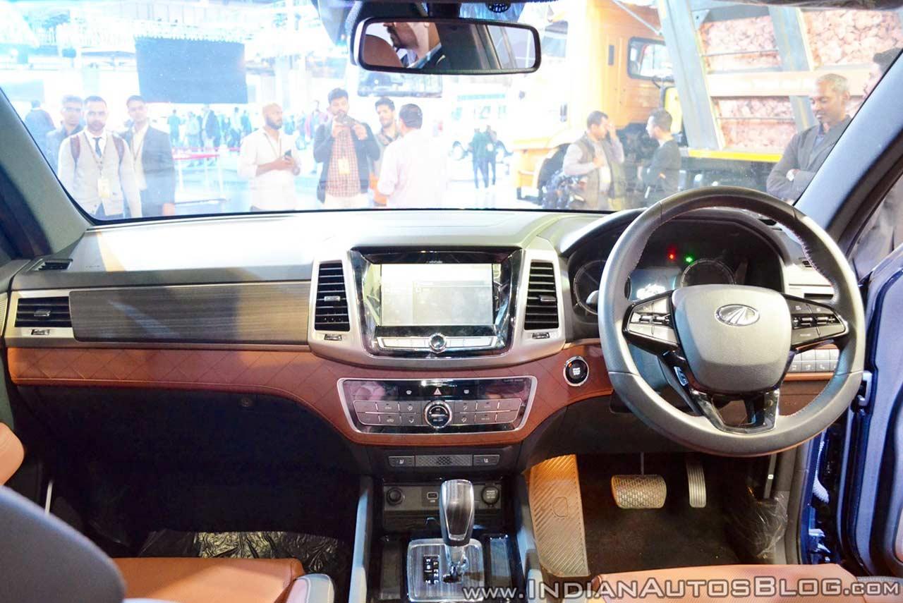 Mahindra Rexton Xuv 700 Auto Expo 2018 Iab Interior Autobics