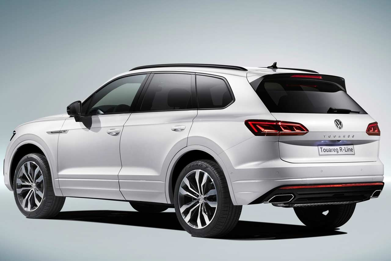2019 vw touareg r line white rera quarter autobics. Black Bedroom Furniture Sets. Home Design Ideas