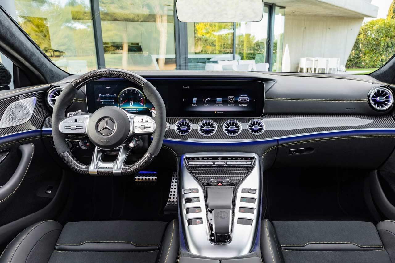 Mercedes-Benz AMG GT63 S 4-Door Dashboard | AUTOBICS