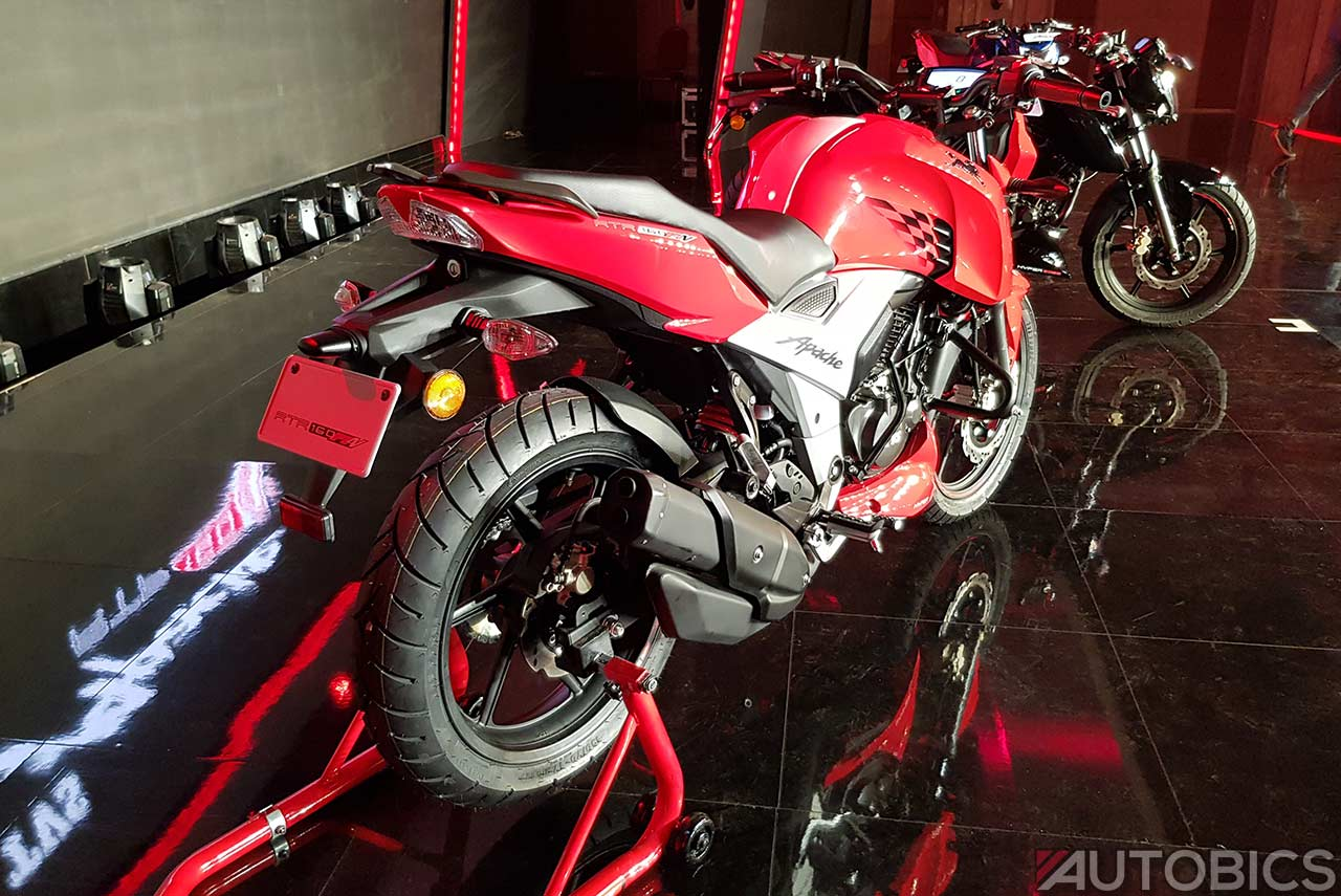 Tvs Apache Rtr 160 4v Racing Red Rear Right 2018 Autobics