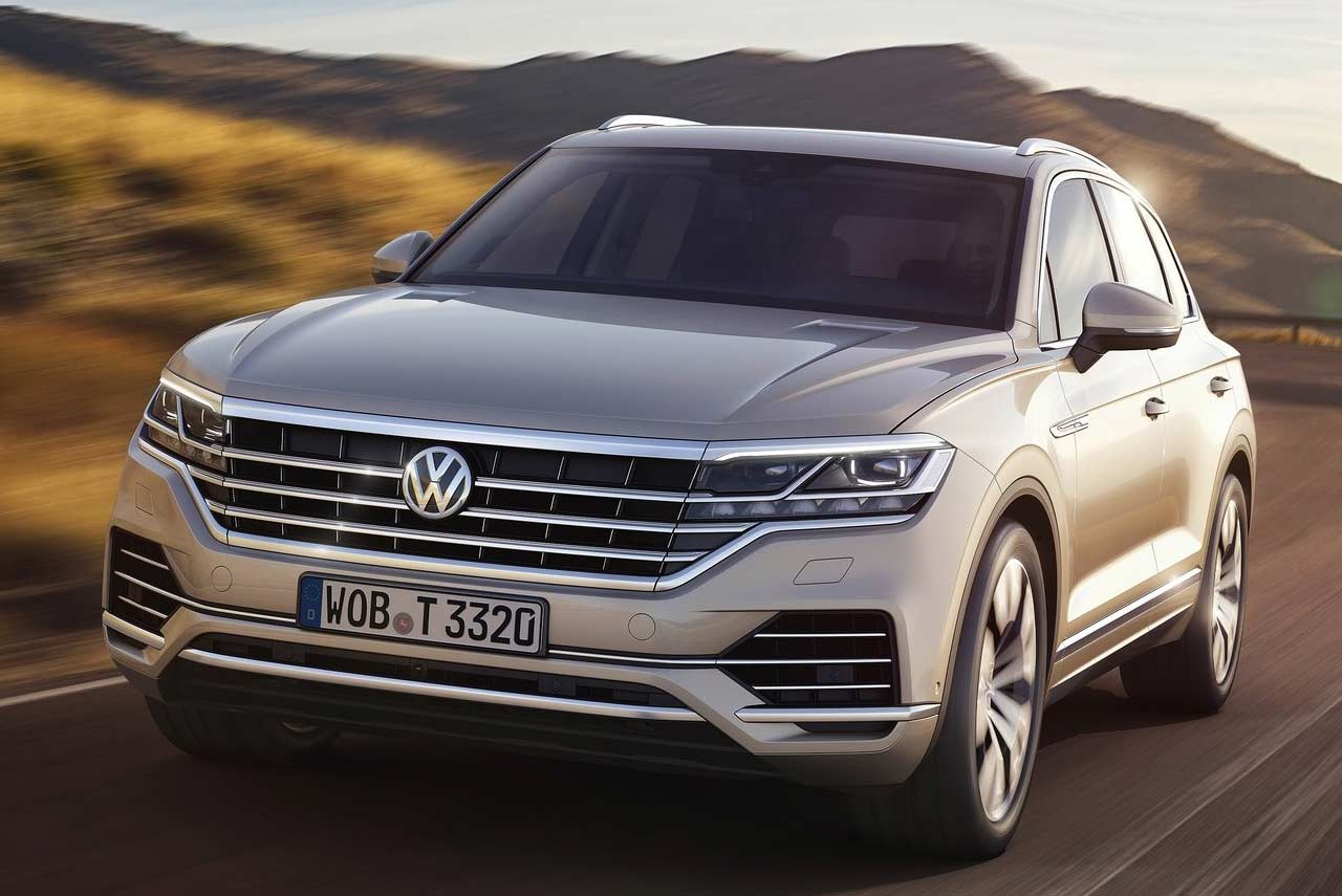 2019 vw touareg unveiled makes world debut in china. Black Bedroom Furniture Sets. Home Design Ideas
