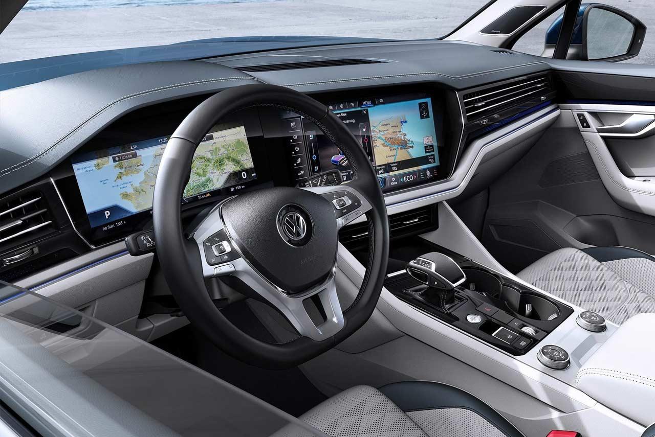 Volkswagen Touareg Interior 2019 (1) | AUTOBICS