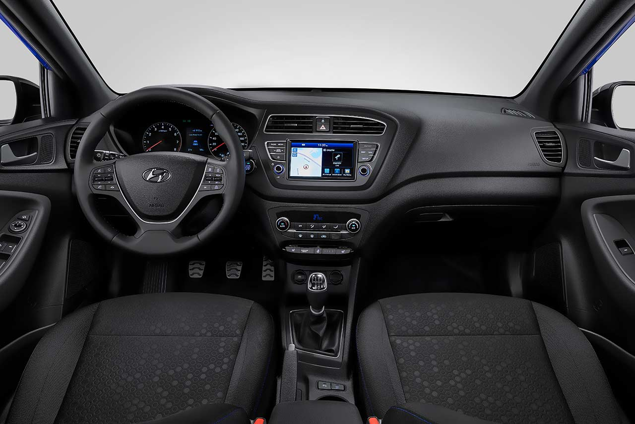 2018 hyundai i20 active for europe unveiled comes with - Hyundai i20 interior ...