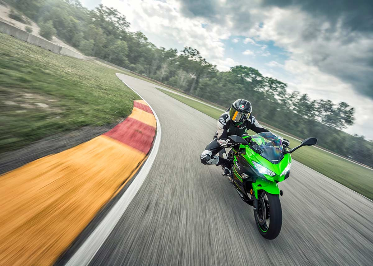2018 Kawasaki Ninja 400 Priced At Inr 4 69 Lakh In India